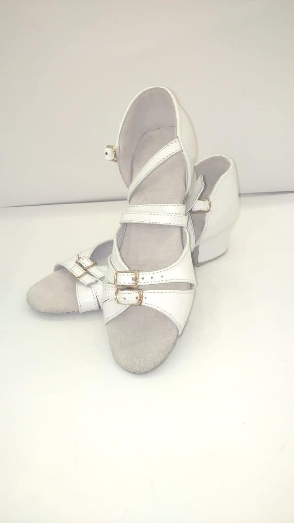 Туфли детские для бальных танцев с круглым носиком KDC